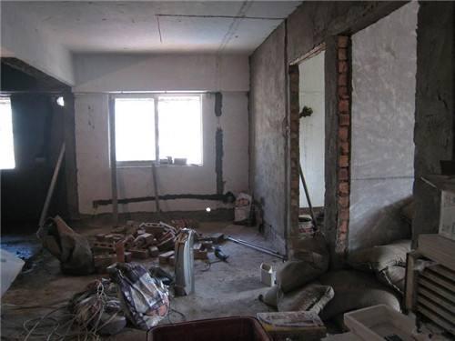一楼潮湿怎么装修房子 装修时天气潮湿怎么办