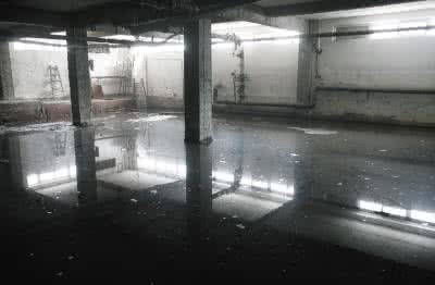 如何解决洪水过后地下室被淹的问题?
