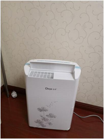 除湿机在潮湿环境下悬浮治疗烧伤中的作用