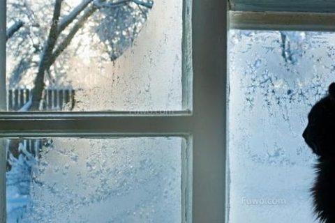 如何解决冬天窗户淌水